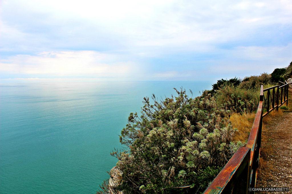 Apulia Monte Saraceno Gargano trekking