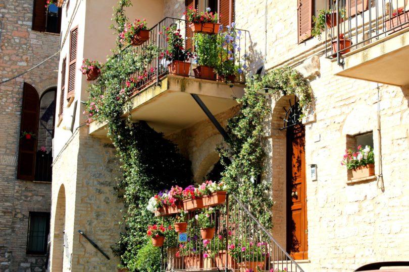 spello miasteczko we włoszech
