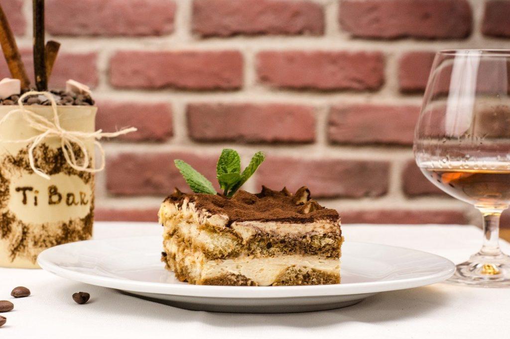 Tiramisu włoskie ciasto